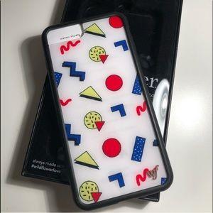 WILDFLOWER iPhone 8+ emma chamberlain case
